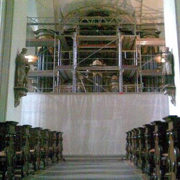 Innengerüst für die Sanierung einer historischen Orgel