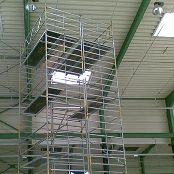 Fahrbarerer Turm für Inneninstandsetzungsarbeiten